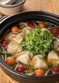 豆苗ともやしの水餃子ごま味噌鍋