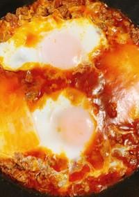 半熟卵のミートパトラ風