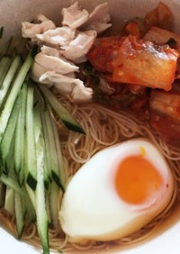 素麺で韓国風冷麺