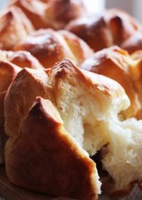 豆乳のふんわりシュガーバターちぎりパン