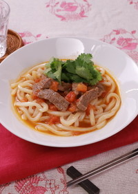 ジンジャートマト牛肉麺