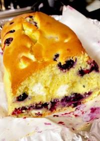 ブルーベリーとクリチのパウンドケーキ