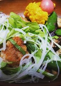 鶏の唐揚げ香味野菜プレート