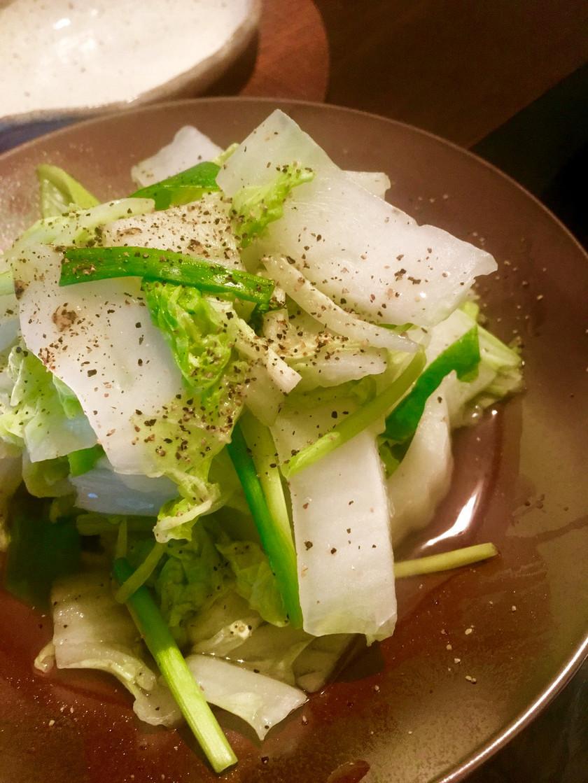 白菜と万能ねぎの蒸し煮♩