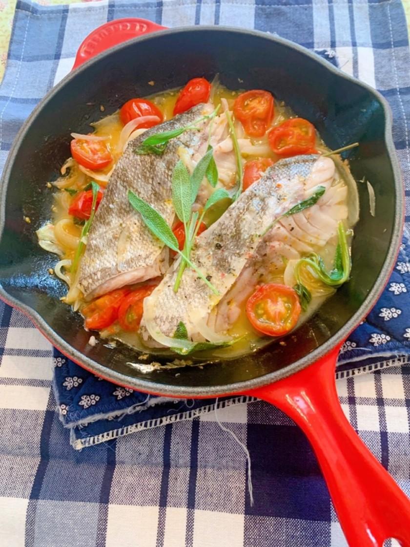 白身魚の白ワイン煮セージ風味