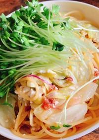 豆腐とカイワレの温サラダパスタ