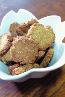 ノンオイル★黒糖きな粉おからクッキー