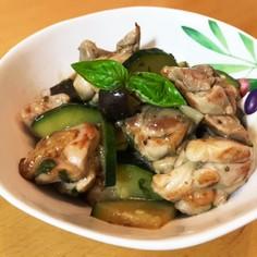 鶏肉と夏野菜ズッキーニ*なす)バジル炒め