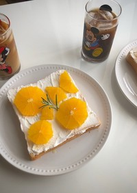 インスタ映え オレンジ生クリームトースト