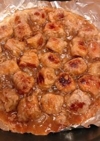 成型肉にバラ肉巻いた、サイコロステーキ