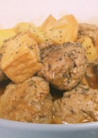 ジャガイモ厚揚でかさまし煮込みハンバーグ