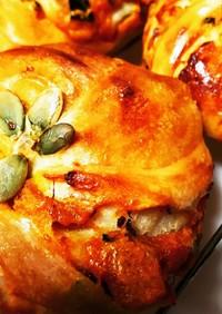 カボチャペースト入り自家製酵母ねじりパン