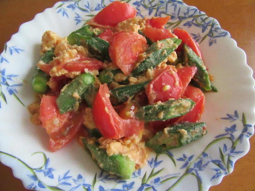 オクラ&トマト&卵の彩り炒め