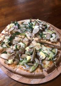 味噌マヨソースの和風ピザ