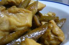 鶏ムネ肉とゴボウのキンピラ煮