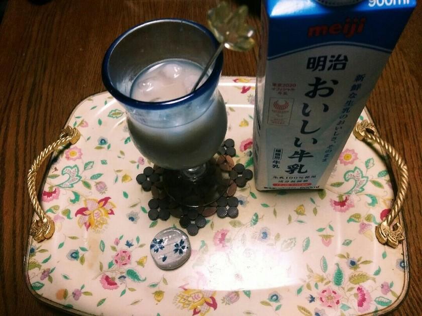 麦茶で❗カフェインゼロのカフェオレ☺⛄☕