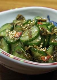 ご飯に合う胡瓜とがごめ昆布の漬物
