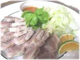 ★熟成塩豚で柔らか茹で豚★