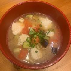 トマトの肉団子味噌スープ