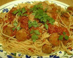 ソーセージのトマトソースパスタ