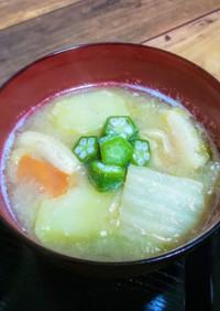 オクラと白菜とじゃが芋の冷や汁