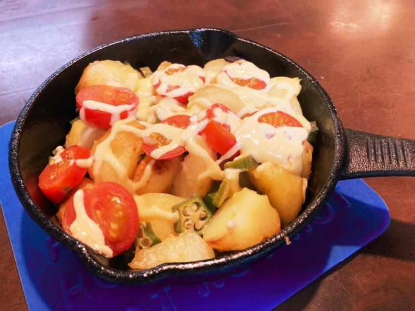 スキレットで作るジャガイモの揚げマヨ焼き