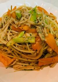 夏野菜とえのきの和風パスタ