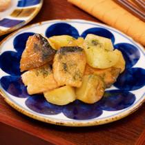 鮭とじゃがいものバター醤油照り焼き