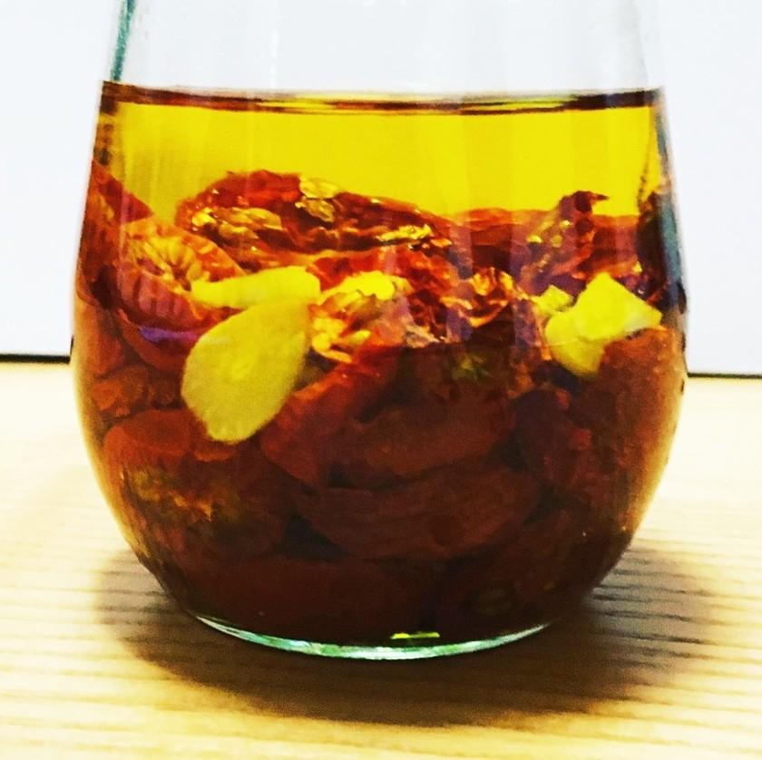 ドライトマトのオリーブオイル漬け