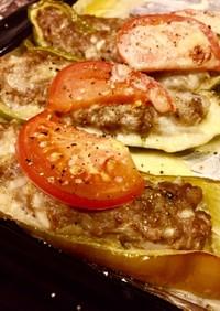 万願寺&福耳唐辛子の洋風肉詰めチーズ焼き