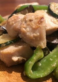 鶏ムネ肉と夏野菜塩麹炒め