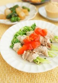 豆苗の豚肉巻レンジ蒸しトマトだれ