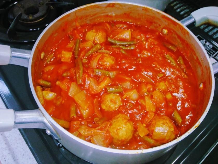 コク深トマト煮