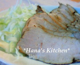 ゆで豚と煮豚のコラボ?