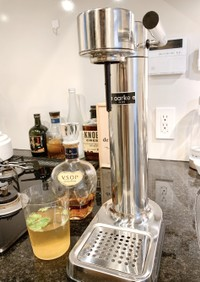 炭酸水から作るジュース