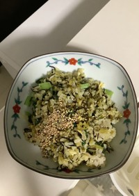 高菜,じゃこ,ひじき ,卵,小松菜,焼飯