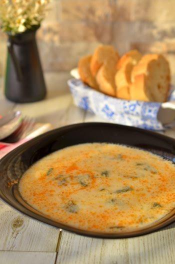 トルコ料理☆焦がし大蒜のヨーグルトスープ