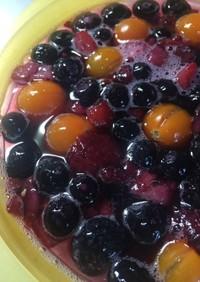 ひび割れトマトとベリーの梅シロップゼリー