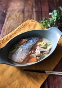 『味噌がポイント』鮭と白菜のクリーム煮
