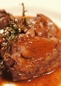 豚肉の赤ワイン煮込み