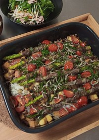 厚揚げご飯と肉巻アスパラのオーブン焼き