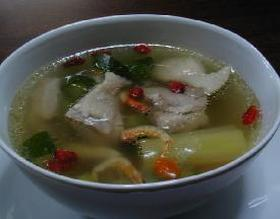 鶏肉とキュウリの薬膳スープ__Chinese Soup with chicken and cucumber