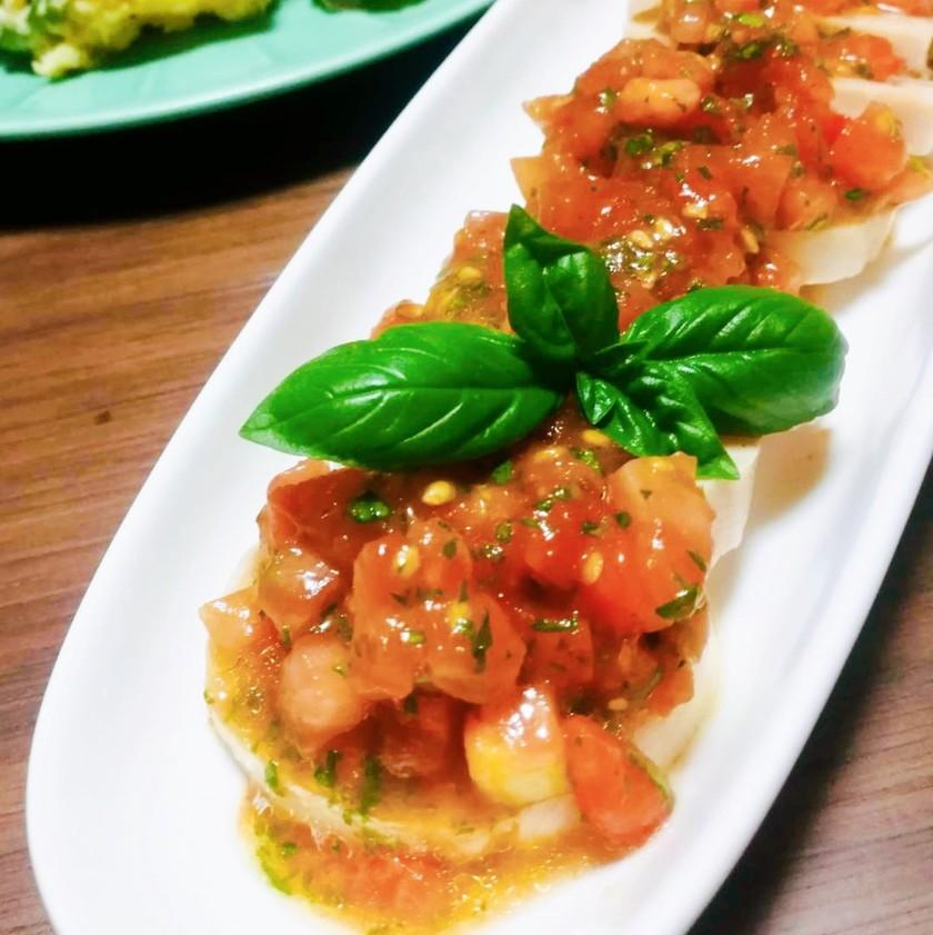 鶏ハム、パスタに!絶品トマトバジルソース