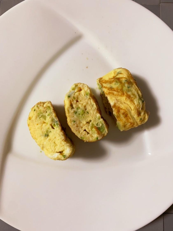 【離乳食後期】ブロッコリーの玉子焼き