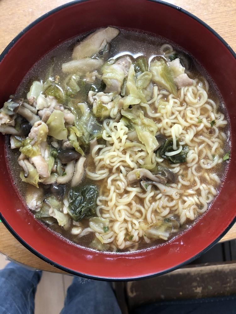 簡単★野菜炒めラーメン
