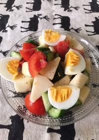 洋梨とトマトと胡瓜のサラダ(茹で卵添え)