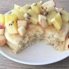 フルーツたっぷりのお豆腐パンケーキ