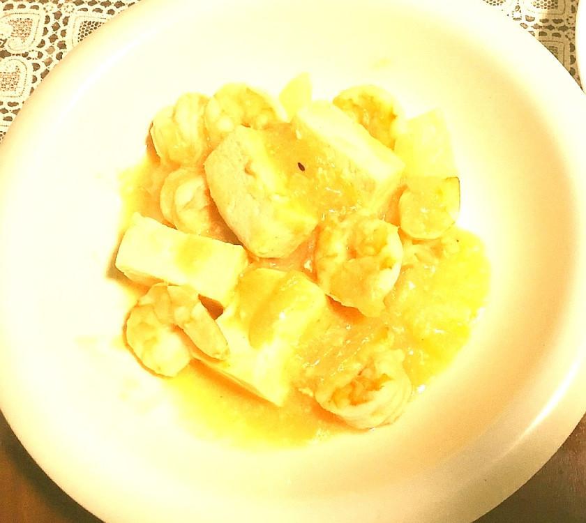 エビチリ豆腐