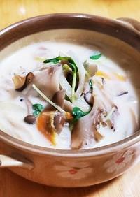 キノコのミルクチーズ スープ(豆腐入り)