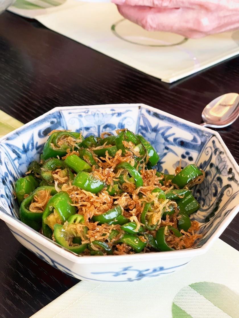 簡単★万願寺唐辛子と雑魚の炒め物
